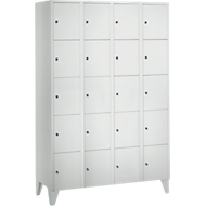 Armoire à casiers pour objets de valeur 300 mm, 4 compartiments, 20 casiers, serrure à cylindre de sécurité, pied, gris clair