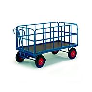 Handbediende dieplader met vakwerkwanden, pneumatische wielen, 1930 x 930 mm, inhoud 1000 kg.