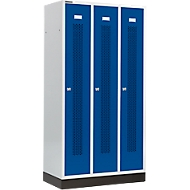 Kleiderspind, mit gelochten Streifen, 3 Abteile, 300 mm, mit Sockel, Zylinderschloss, Tür enzianblau