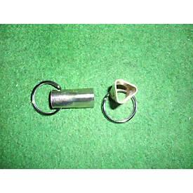 Driekantige sleutel voor stalen paal, met sleutelring