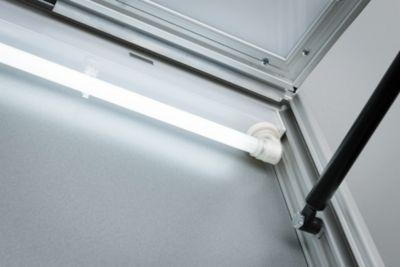 Beleuchtung für Schaukasten Außenmaß B 2000 x T 60 mm, 80 W