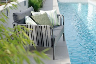 Sessel Space, große Sitzfläche, Aluminiumgestell, textile Gurtbespannung