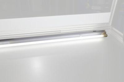 Verlichting voor vitrinekast, uitw. afm. b 750 x d 70 mm, 8 W