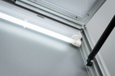 Verlichting voor vitrinekast, uitw. afm. b 790 x d 60 mm, 24 W
