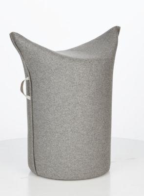 Zipfelhocker WERTHER, Wollfilz, schwer entflammbar, Sitzhöhe 500 mm, Griffschlaufe, hellgrau