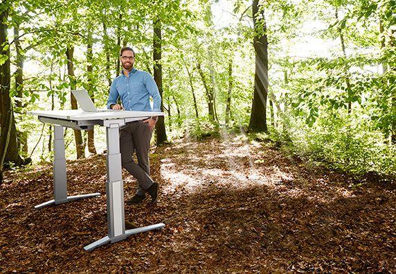 In hoogte verstelbaar bureau - ergonomie is overal mogelijk