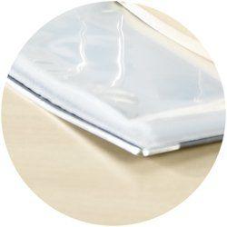 Aktenordner mit Kantenschutz aus Metall